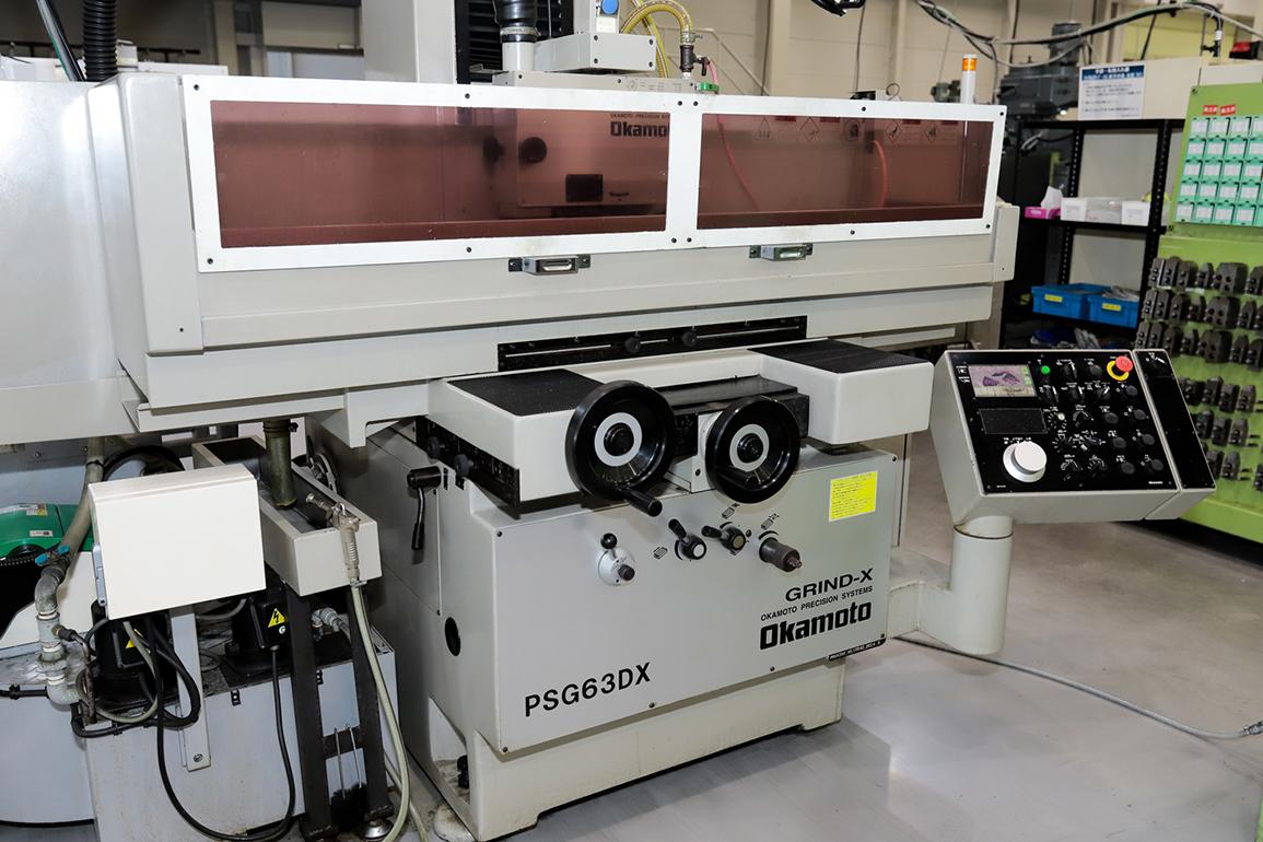 (株)岡本工作機械製作所 平面研削盤 PSG63DX